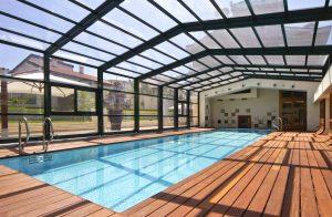теплое остекление бассейнов