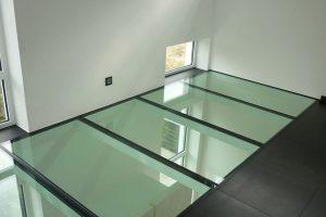стеклянные полы